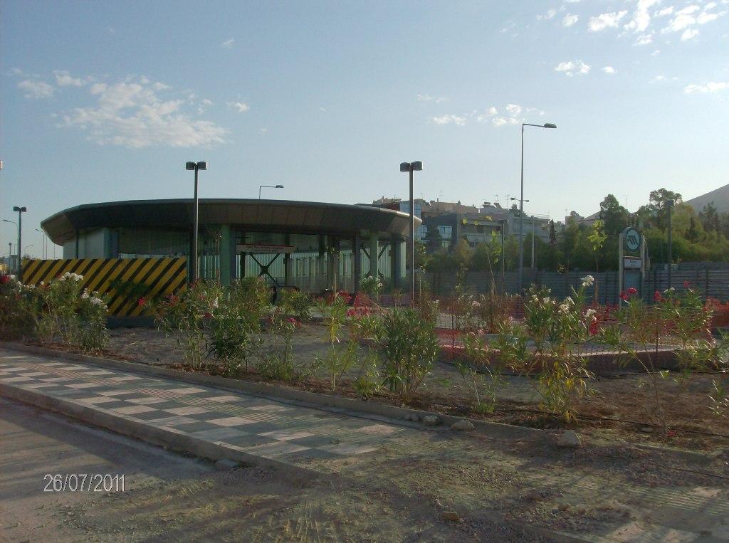 Πρόοδος της επέκτασης του Μετρό προς Ελληνικό, σταθμός Άλιμος, Ιούνιος 2011. Πηγή: Αττικό Μετρό
