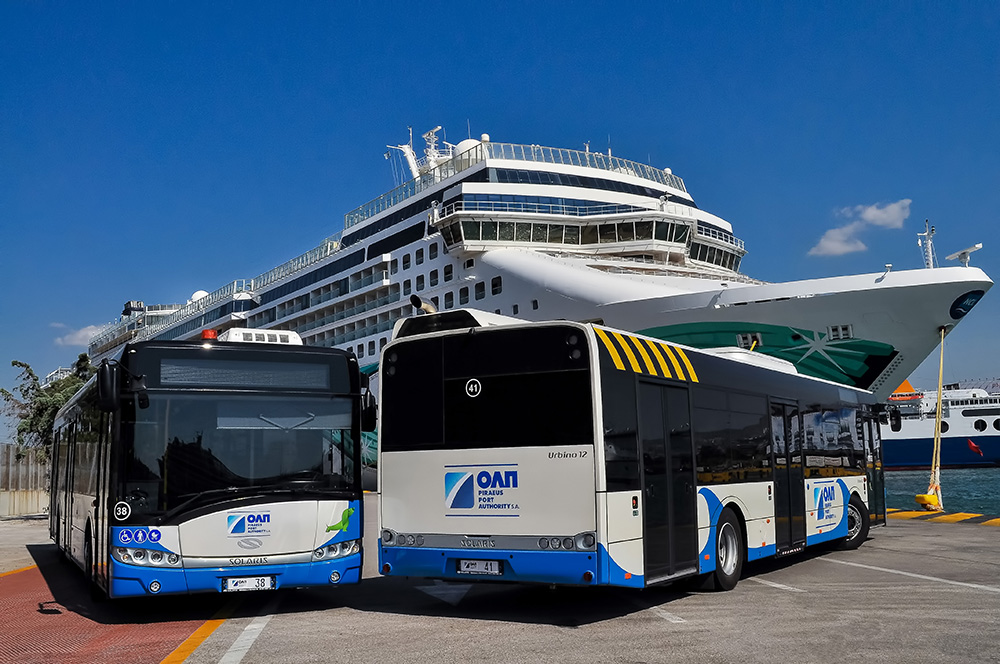 Port piraeus buses