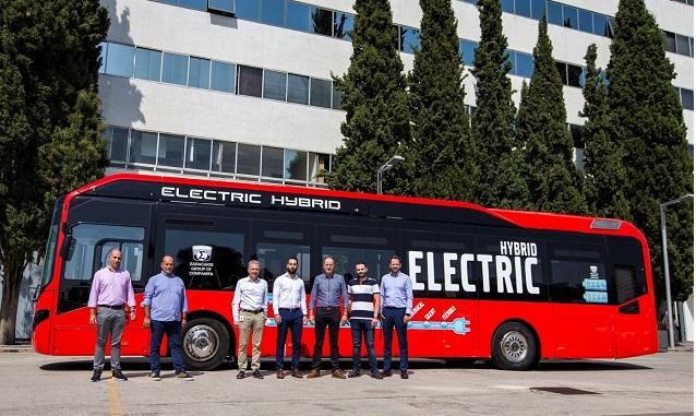 ΄Στα Τρίκαλα το πρώτο υβριδικό αστικό λεωφορείο στην Ελλάδα